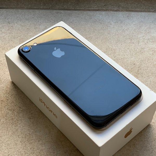 Apple iPhone 7 32 GB Jet Black (MQTR2) Б/У состояние – А - ТвойGadget