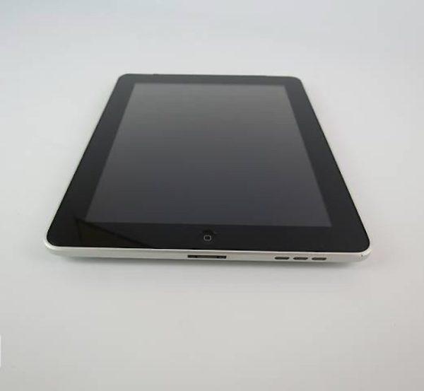 Apple iPad 2 32 GB WI-FI + 3G Black ; (б/у) - ТвойGadget