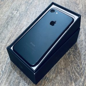 Apple iPhone 7 128 GB Black (MN922) ; состояние – А - ТвойGadget