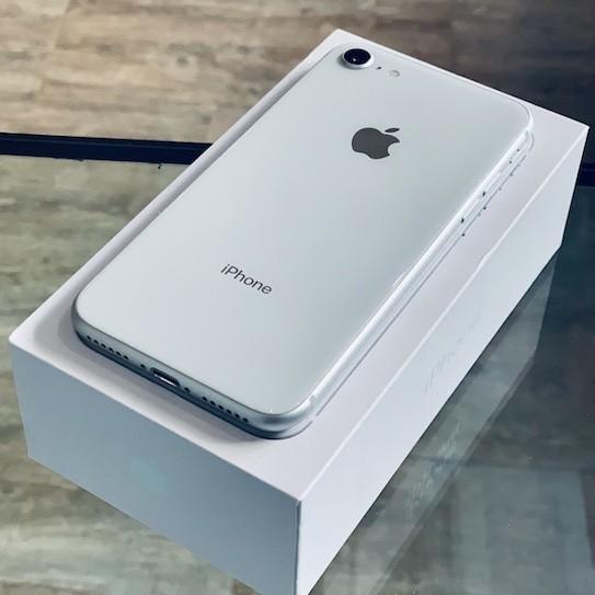 Apple iPhone 8 256 GB Silver(MQ7G2) Б/У состояние – А - ТвойGadget