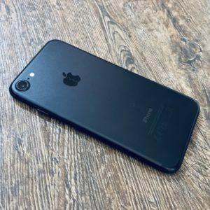 Apple iPhone 7 32 GB Black (MN8X2) Б/У состояние – А (MN8X2) - ТвойGadget