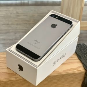 Apple iPhone SE 64 GB Space Gray (MLM62) ; состояние – А - ТвойGadget
