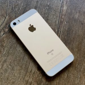 Apple iPhone SE 64 GB Gold (MLXP2) ; состояние – А - ТвойGadget