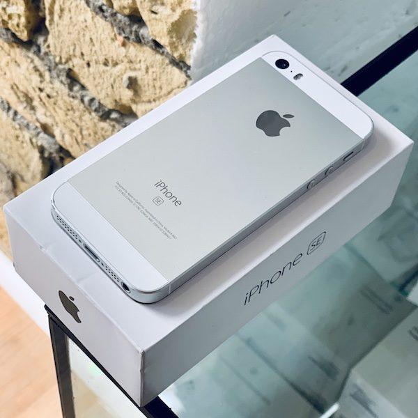 Apple iPhone SE 16 GB Silver (MLLP2) Б/У состояние – А - ТвойGadget