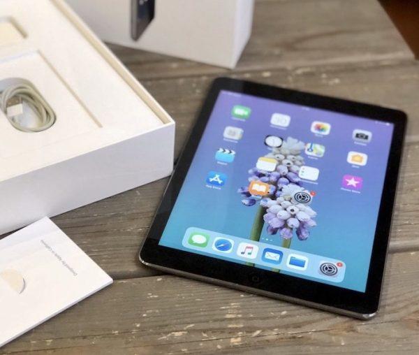 Apple iPad Air 64 GB WI-FI+LTE Black ; (б/у) - ТвойGadget