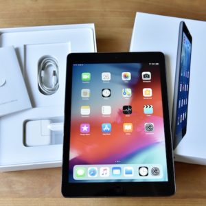 Apple iPad Air 16 GB WI-FI Black ; (б/у) - ТвойGadget