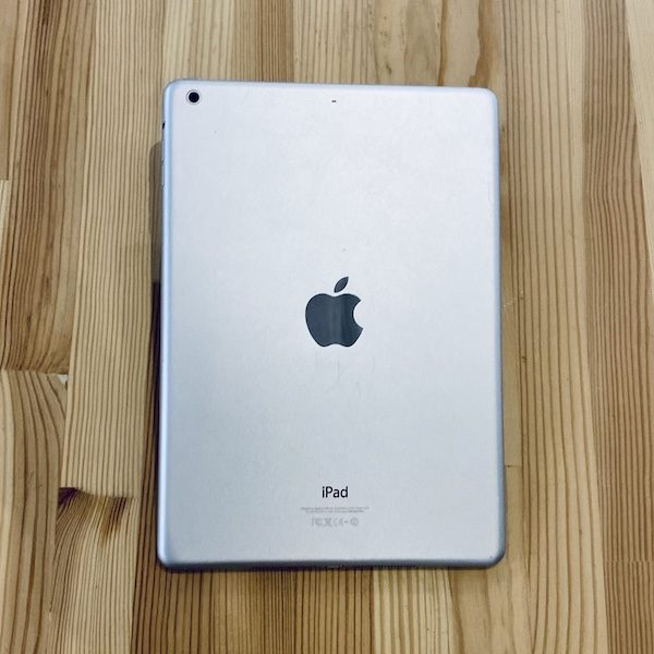 Apple iPad Air 2 64 GB WI-FI Silver ; (б/у) - ТвойGadget