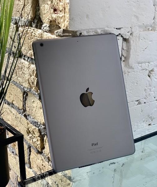 Apple iPad Air 2 64 GB WI-FI Space Gray ; (б/у) - ТвойGadget