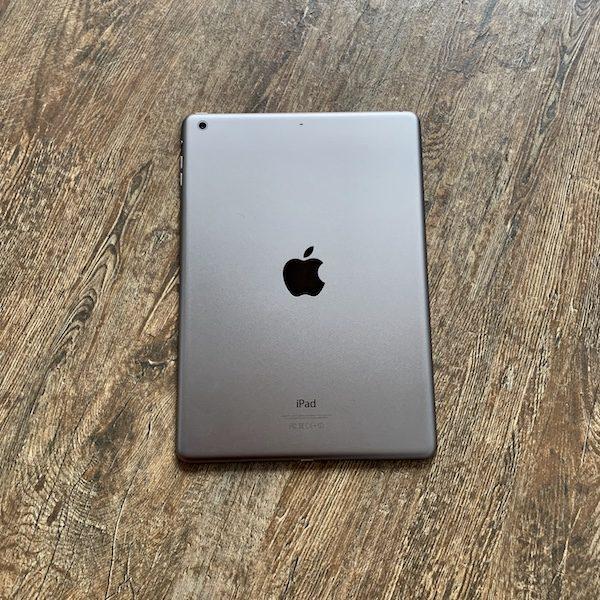 Apple iPad Air 2 16 GB WI-FI Space Gray ; (б/у) - ТвойGadget
