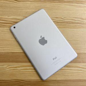 Apple iPad mini 2 Retina 16 GB WI-FI Silver; (б/у) - ТвойGadget