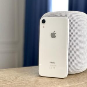 Apple iPhone Xr 64GB White (MRY52) ; состояние – А - ТвойGadget