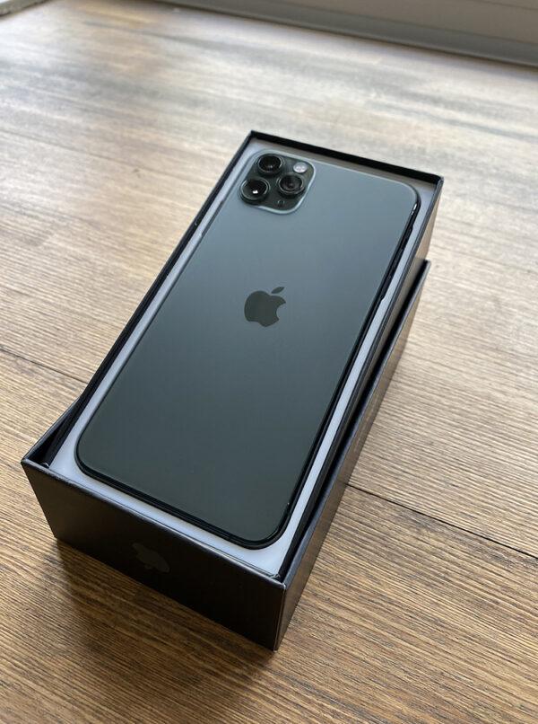 Apple iPhone 11 Pro Max 64GB Midnight Green (MWH22) ; состояние – А - ТвойGadget