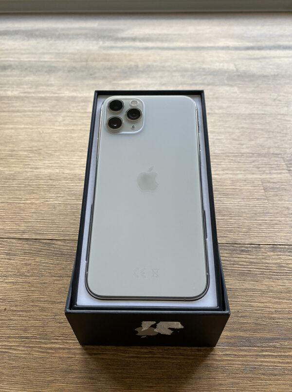 Apple iPhone 11 Pro 256GB Silver (MWCN2) ; состояние – А - ТвойGadget