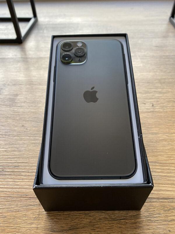 Apple iPhone 11 Pro 64GB Space Gray (MWC22) Б/У состояние – А - ТвойGadget