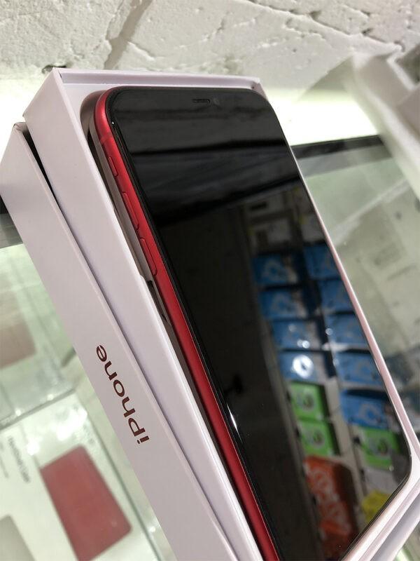 Apple iPhone 11 64GB Red Б/У состояние – А - ТвойGadget