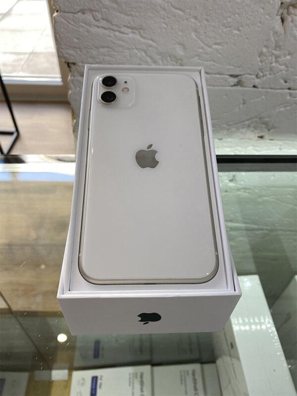 Apple iPhone 11 128 GB White (MWLF2) Б/У состояние – А - ТвойGadget