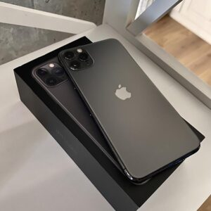 Apple iPhone 11 Pro Max 512GB Space Gray (MWH82) ; состояние – А - ТвойGadget