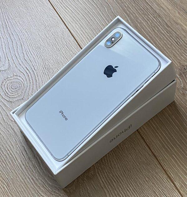Apple iPhone Xs 256GB Silver (MT9J2) Б/У состояние – А - ТвойGadget
