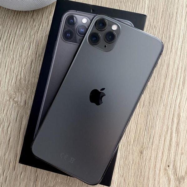 Apple iPhone 11 Pro Max 64GB Space Gray (MWGY2) ; состояние – А - ТвойGadget