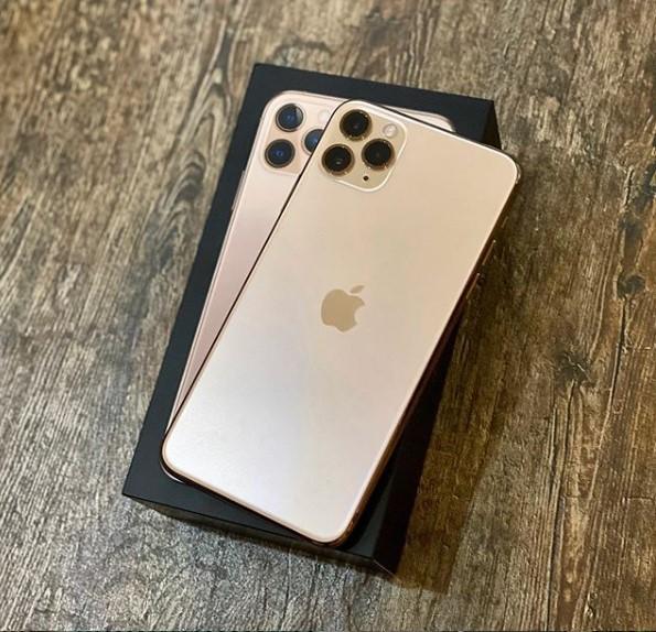 Apple iPhone 11 Pro Max 256GB Gold (MWH62) Б/У состояние – А - ТвойGadget