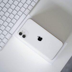 Apple iPhone 11 128GB White (MWLF2) Витринный - ТвойGadget