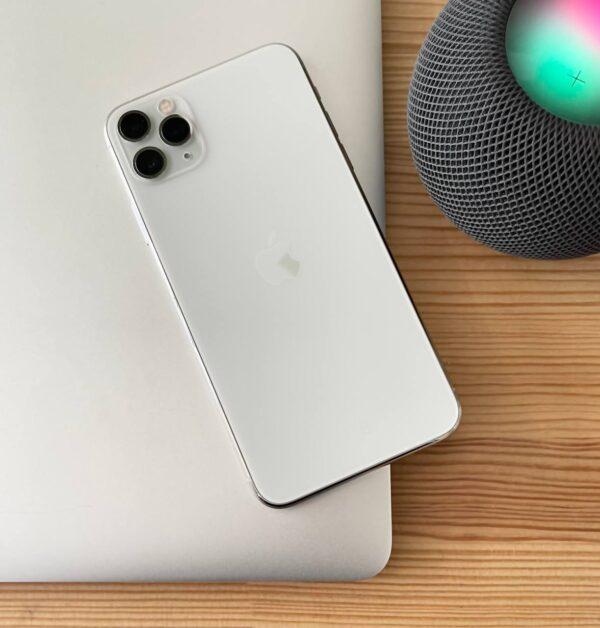 Apple iPhone 11 Pro Max 64GB Silver (MWH02) Б/У состояние – А - ТвойGadget