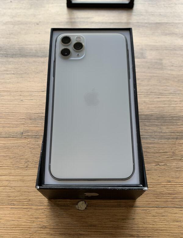 Apple iPhone 11 Pro Max 256GB Silver Б/У состояние – А - ТвойGadget