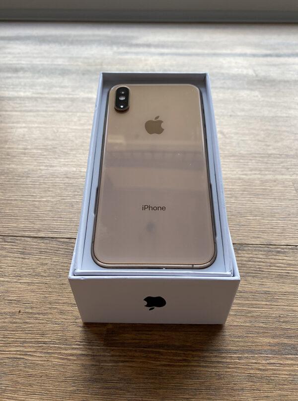 Apple iPhone Xs 64GB Gold (MT9G2) Б/У состояние – А - ТвойGadget