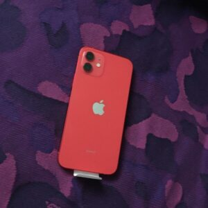 Apple iPhone 12 256GB (PRODUCT)RED (MGJJ3/MGHK3) Б/У состояние — А - ТвойGadget