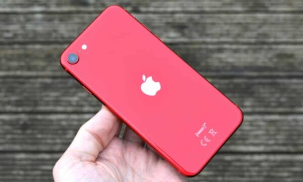 Apple iPhone SE 2020 64GB Product Red (MX9U2/MX9Q2) Б/У состояние — А - ТвойGadget