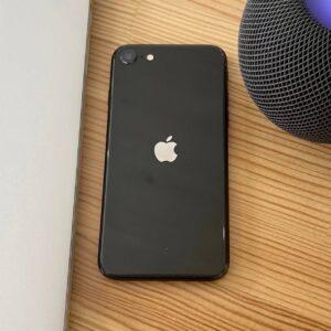 Apple iPhone SE 2020 64GB Black (MX9R2/MX9N2) Б/У состояние — А - ТвойGadget
