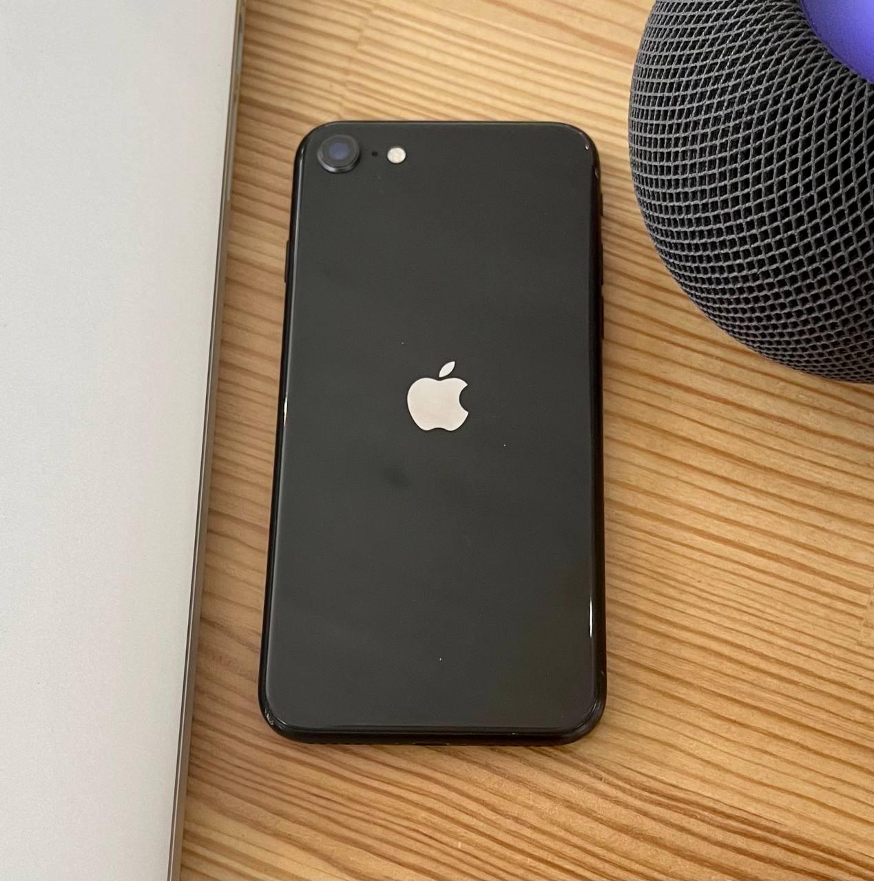 Apple iPhone SE 2020 64GB Black (MX9R2/MX9N2) Б/У состояние – А - ТвойGadget