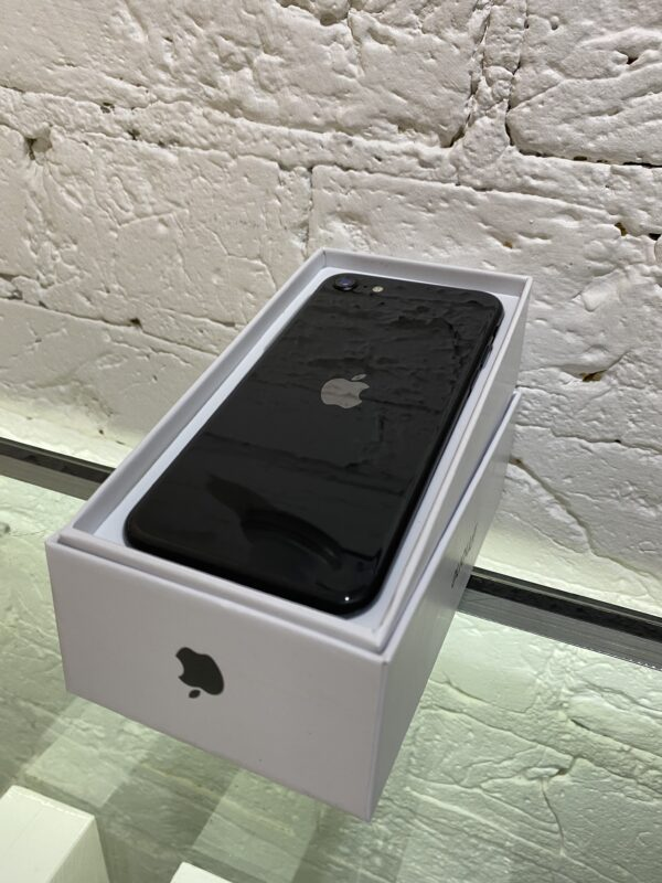 Apple iPhone SE 2020 64GB Black (MX9R2/MX9N2) ; состояние – А - ТвойGadget