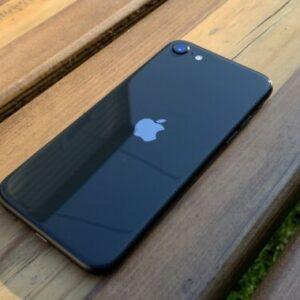 Apple iPhone SE 2020 256GB Black (MXVT2/MXVP2) состояние – А - ТвойGadget