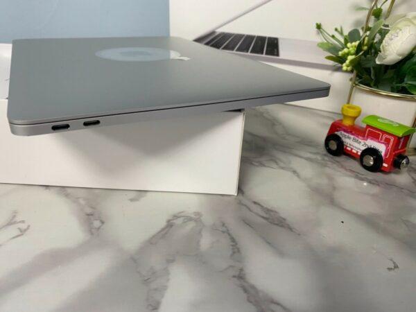 Apple MacBook Pro 13″ Space Gray (MPXQ2, 5PXQ2) 2017 Б/У состояние — А - ТвойGadget
