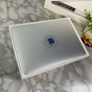 Apple MacBook Pro 13″ Space Gray (MPXQ2, 5PXQ2) 2017 Б/У состояние – А - ТвойGadget