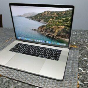 Apple MacBook Pro 15″ Silver (MPTU2) 2017 Б/У состояние – А - ТвойGadget