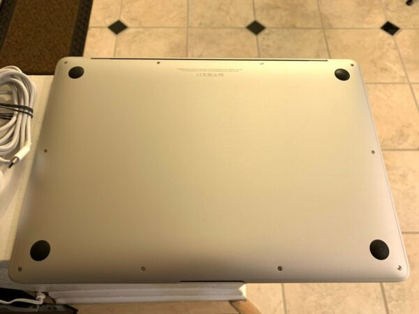 Apple MacBook Air 13″ Gold 2018 (MREE2, 5REE2) Б/У состояние – А - ТвойGadget