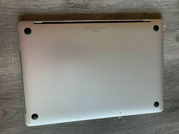 Apple MacBook Pro 15″ Silver (MLW72) 2016 Б/У состояние – А - ТвойGadget