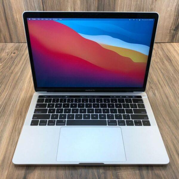 Apple MacBook Air 13″ Silver 2018 (MREC2, 5REC2) Б/У состояние – А - ТвойGadget